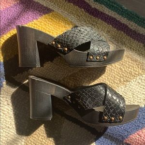 Seychelles platform sandals